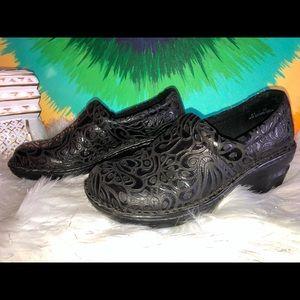 B.o.c. Women's shoes size 6.5